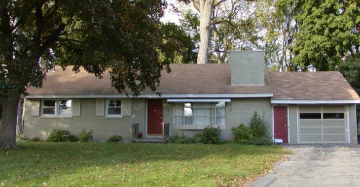 Personne n'a habité dans cette maison depuis 1956, en ouvrant la porte tout un choc nous attend.