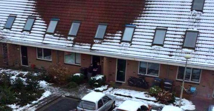 En voyant cette photo, la police fait immédiatement une perquisition dans cette maison.