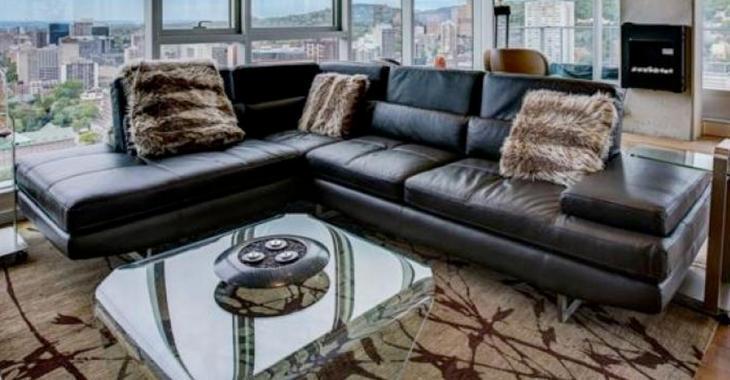 Ce superbe penthouse vous offre la vue la plus merveilleuse de tout Montréal, son prix fait sursauter.